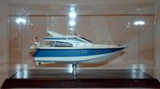 Сувенир - модель моторной яхты