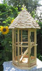 Клетка для птиц. Клетка для попугаев. Клетка для небольших попугаев.