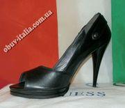 Туфли лакированные фирмы GUESS Италия