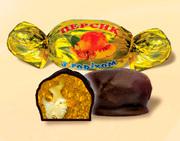 Конфеты шоколадные персик с орехом