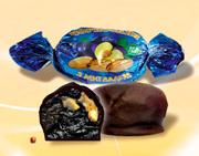 Конфеты шоколадные чернослив с миндалем