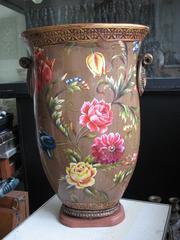 Реставрация больших ваз,  статуэток,  сувениров,  скульптур из керамики,