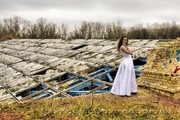 Фотосессия в стиле Trash The Dress.