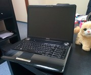 Продам на запчасти нерабочий ноутбук Toshiba Satellite P300 (разборка