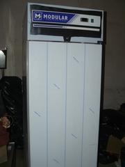 Продам новый холодильный шкаф Modular GNL 702 TN