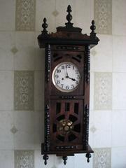 Продам часы старинные немецкие  Густав Беккер с трехгонговым красивым боем..