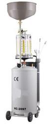 Установка для вакуумного отбора масла HC-2097,  объем 80 л.