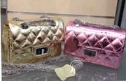 Кожаная сумка-клатч Chanel