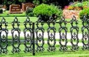 Металлоизделия литые для строительства дома,  дачи -ограды,  вазы,  забор
