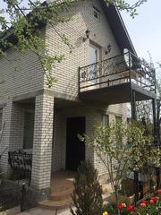 АРЕНДА Новый Отдельно стоящий домик. 1 комн. 2-х этажный Голосеевский