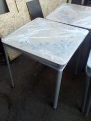 Продам столы с стеклянной столешницей бу