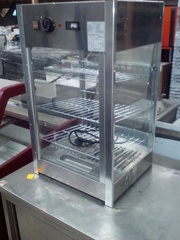 Продам тепловую настольную витрину Frosty RTR 97