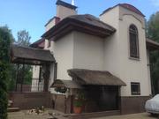 Усадьба в лесу из двух домов на участке 20 сот ,  14 км м. «Житомирская
