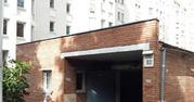 Продам гаражный бокс 20 м2  в охраняемом паркинге. Лукьяновка.