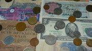 Продам коллекцию монет и купюр
