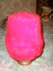 Продам новую, женскую, зимнюю шапку-ангорку, ярко-красного цвета.