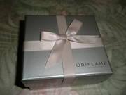 Продам новую, красивую, стильную коробочку+бантик, д/романтич-го подарка
