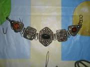 Новый, женский, красивый, мельхиоровый браслет с полудрагоценными камнями
