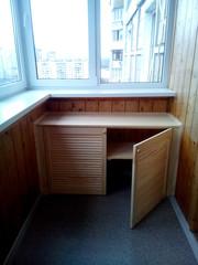 Шкаф- тумба на балкон из дверей жалюзи