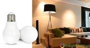 Умная SMART LED лампа,  дистанционное управление 6W E27 RGBW
