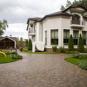 Роскошный трехэтажный дом в Броварах площадью