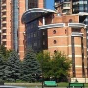 Здание отдельностоящее на Печерске в Киеве.