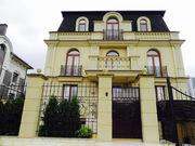 Элитный дом,  общая площадь дома 498 м2,  участок 4 сотки в Киеве.