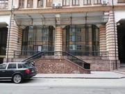 Помещение в 1 этаже и 2 этаже. Общая площадь 519 м2. Киев.