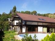 2 этажный дом выставлен на продажу в Печерском районе.