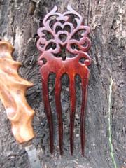 Деревянные авторские заколки вырезаные  из корней редких пород с красив текстурой.