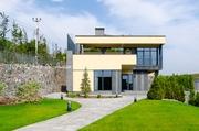 Новый ультрасовременный дом с панорамным видом. с.Иванковичи.