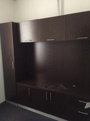 Стенка для офиса кабинет руководителя коричневая натуральный шпон