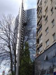 Продается 1-ая квартира,  Леси Украинки 3,  бул.,