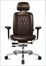 Кресло WAGNER AluMedic Limited S Comfort V60 в черной коже
