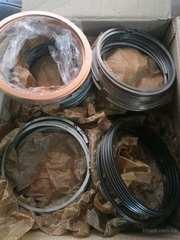 Продаются кольца поршневые на двигатели в Киеве